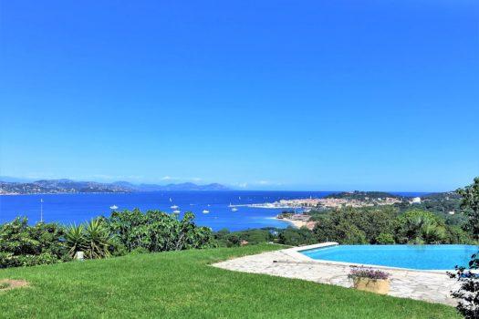 Villa à vendre à Gassin : vue mer panoramique