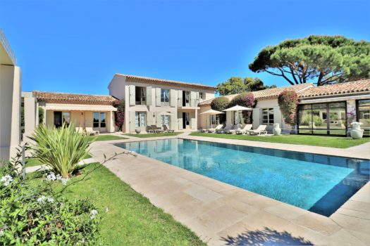 Property for sale between Saint-Tropez and Ramatuelle