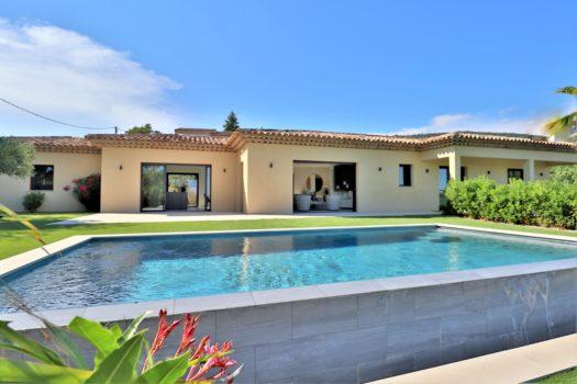 Villa neuve vue mer à vendre à Beauvallon
