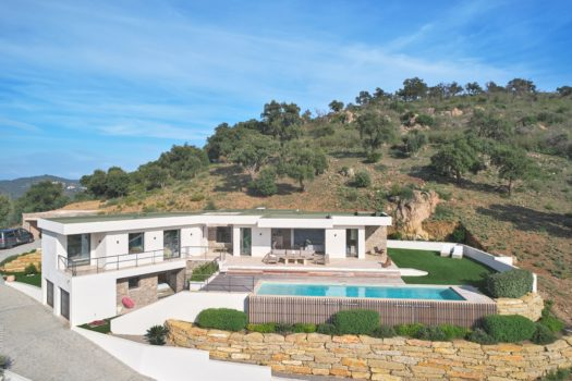 Sea view contemporary villa for sale in Sainte-Maxime