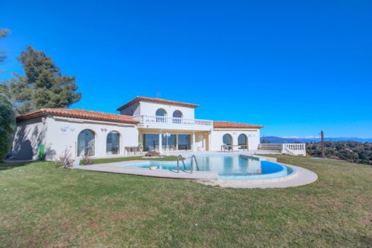 Villa à vendre A 15 minutes de Mandelieu - au cœur de Tanneron