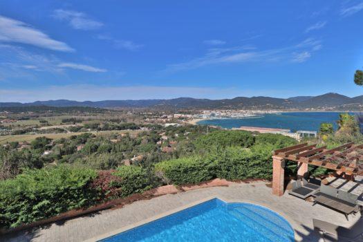 Villa met panoramisch uitzicht dichtbij Saint-Tropez