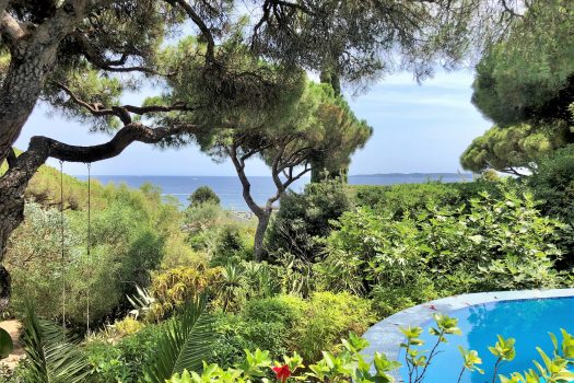 Sea view Belle Epoque villa walking distance to the beaches for sale in Sainte-Maxime