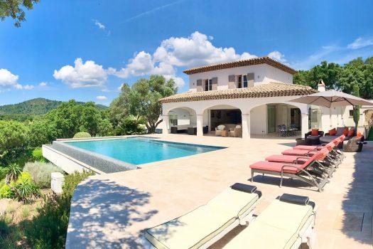 Villa vue mer panoramique à vendre à Sainte-Maxime