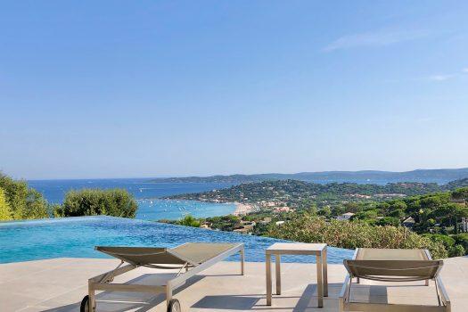 Contemporary sea view villa for sale in Sainte-Maxime