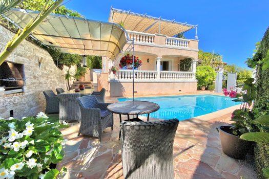 Villa vue mer à vendre proche du village de La Croix-Valmer