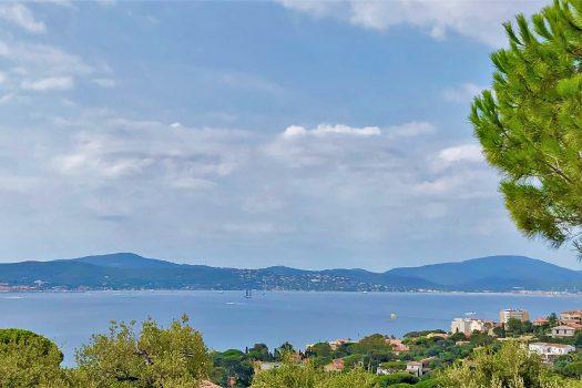 Villa contemporaine vue mer à vendre au Sémaphore